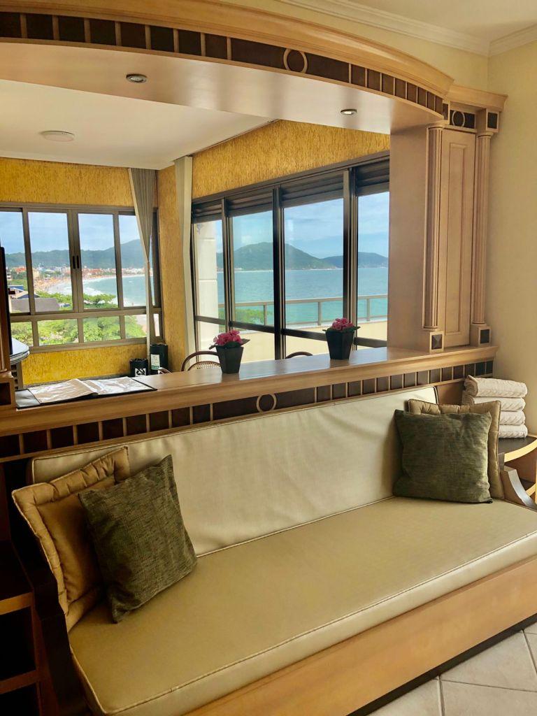 2 Dormitórios Frente Mar